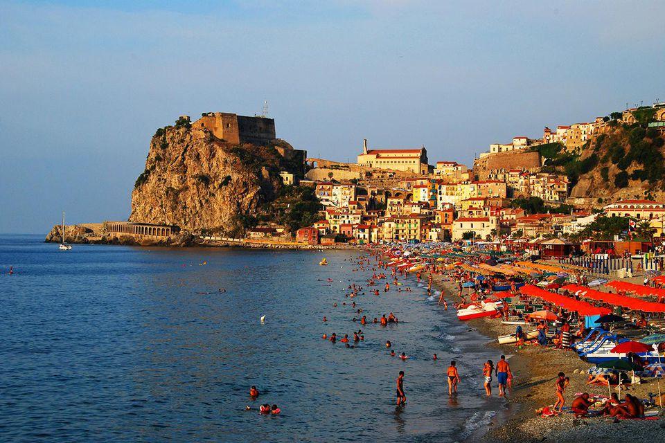 Calabria, ecco le cinque destinazioni più belle • Italia ...