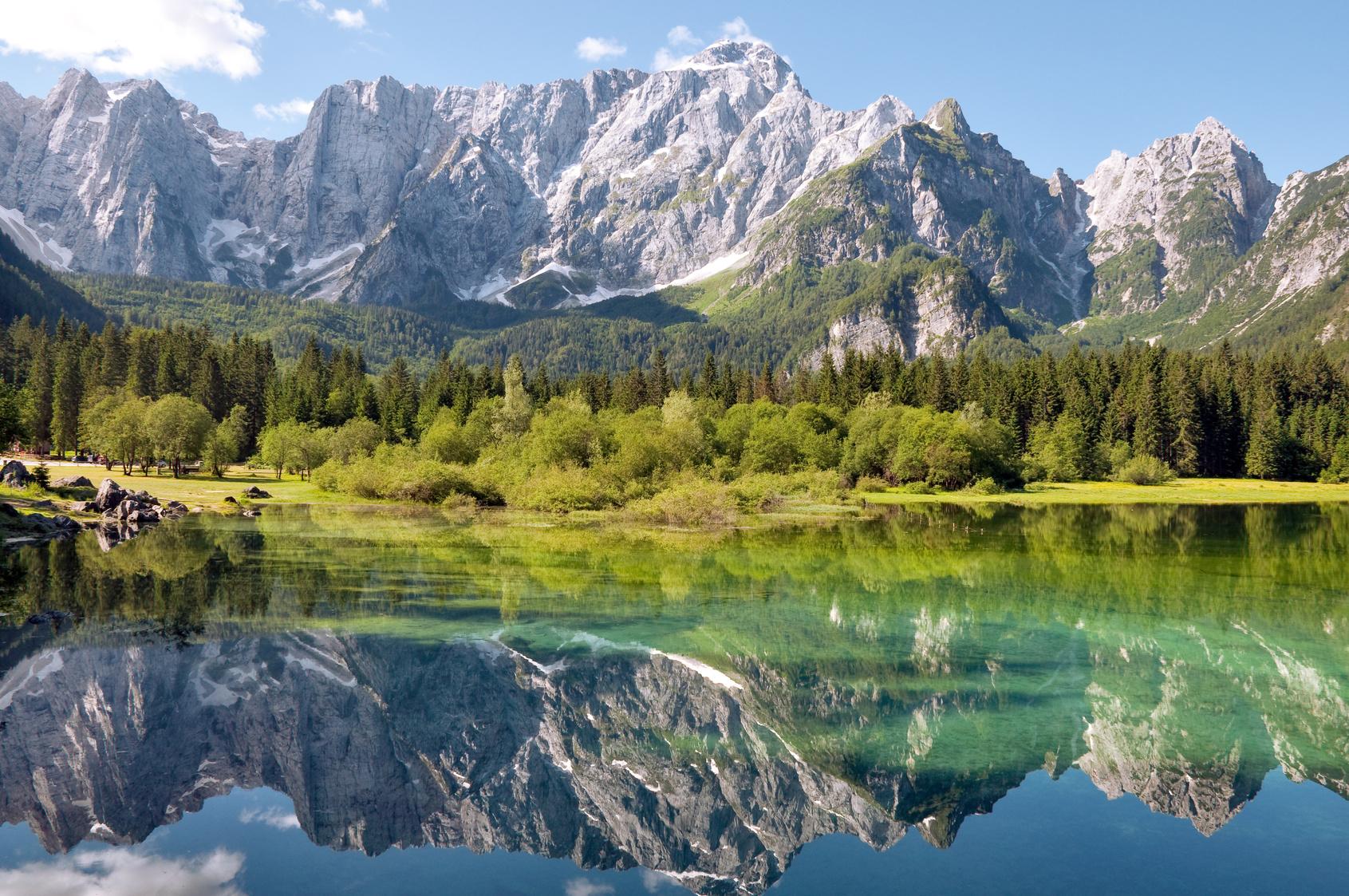 Friuli venezia giulia ecco le cinque destinazioni pi belle italia da scoprire - Laghi dove fare il bagno veneto ...